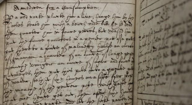 Handwritten recipe for a medicine against consumption, using a cockerel. Written in 17th-century handwriting.