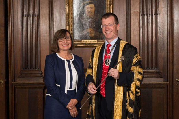 Professor Dame Jane Dacre officially hands over the role of president to Professor Andrew Goddard during a ceremony at the RCP on Wednesday 26 September.