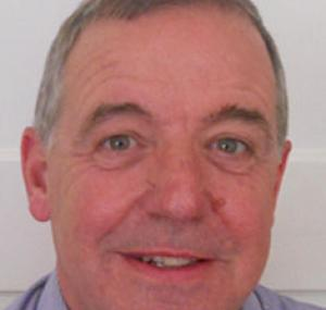 Dr Graeme Dewhurst