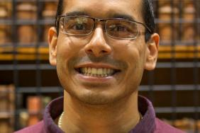 Portrait picture of smiling Dr Raunak Singh