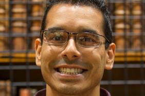 Profile of Dr Raunak Singh
