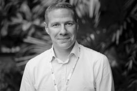 Portrait of Dr Ian Woolhouse