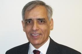 Dr Tanzeem Raza, Senior London Examiner for PACES